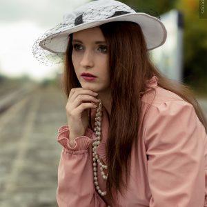 Mod.: Anna Pszczoła, MuA.: Bernadeta Barańska